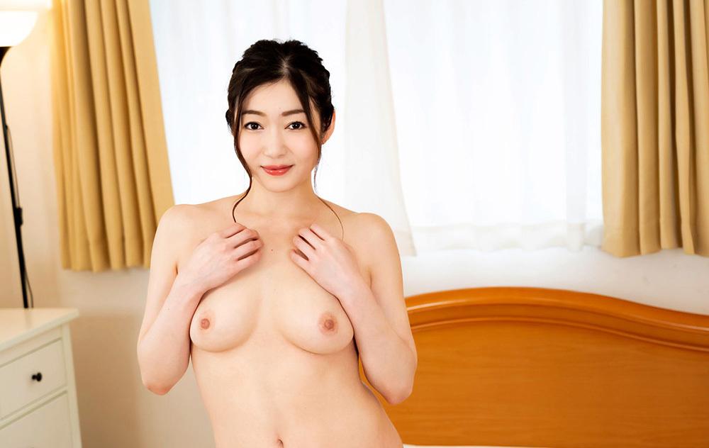 江波りゅう スゴ技美痴女のチングリ騎乗位【VR】
