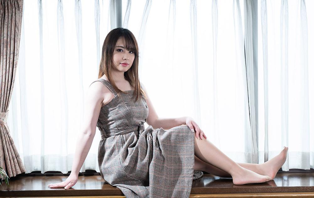 石田麻美 マシュマロボディと超絶美マンで男を惑わす…。